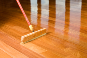 Apply Polyurethane On Hardwood Floors A Simple Guide