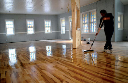 How To Remove And Apply Polyurethane On Hardwood Floors: A Simple Guide