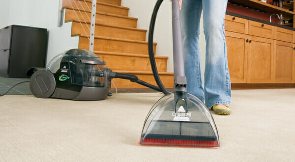 The 6 Right Ways To Vacuum Your Carpet