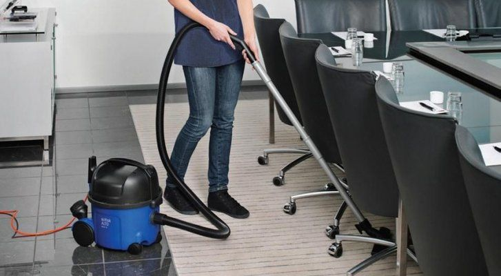Top 5 Vacuum Cleaners for Commercial Offices